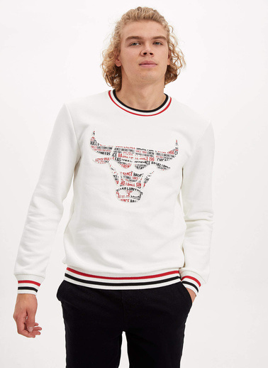 DeFacto Chicago Bulls Lisanslı Sweatshirt Ekru